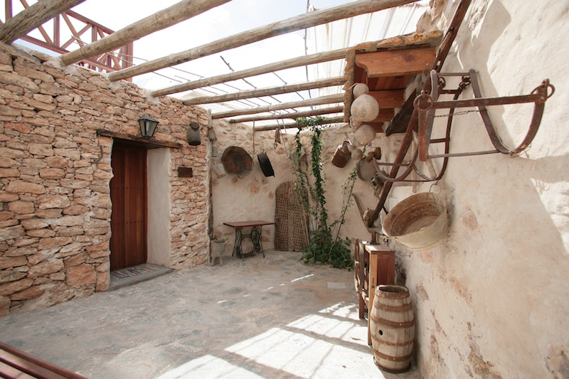 Galeria de fotos de las casas rurales - Patios de casas rusticas ...