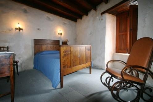 casa-rural-tetir-fuerteventura-cama